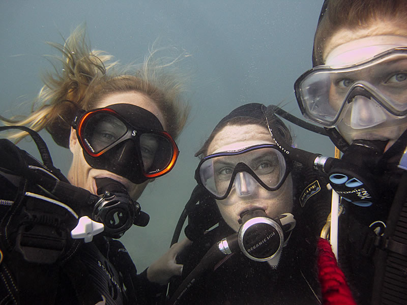 Grace Frank, Kirsty Nash and Samantha Clements in an underwater selfie.