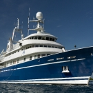 Exterior view of M/Y Golden Shadow.
