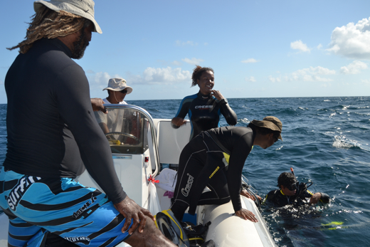 The conch team on site (l to r: Felipe Cabeza, crewman Ade Nazar, Trisha Forbes, Heins Best, Omar Abril)
