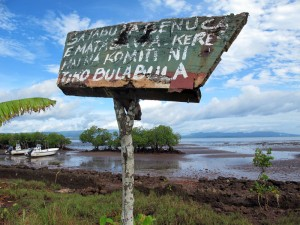 Sign indicating locally managed fishing closure on Vanua Levu, Fiji. (c) Stacy Jupiter